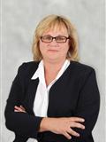 Estelle Leach