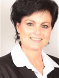 Karin Petzer