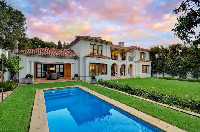 The hottest suburbs in sandton and randburg private property Linden public swimming pool johannesburg