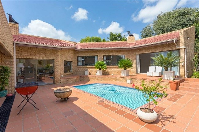 property to rent in Fourways