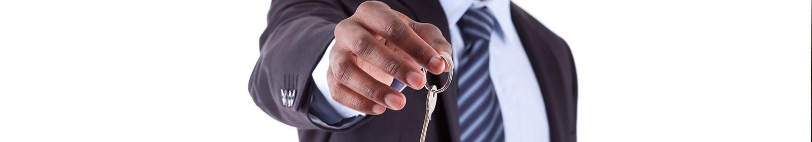 10 characteristics of successful estate agents