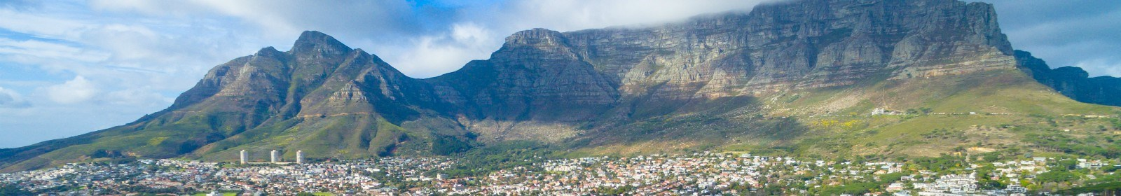 What is the average age of home buyers in SA?
