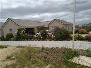 Groenkloof Retirement Village: Property and houses for sale