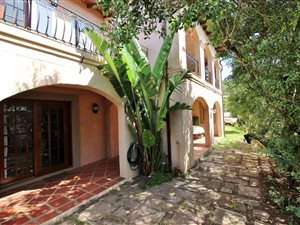 6 Bed House in Sedgefield thumb