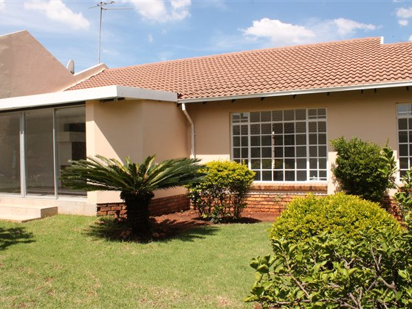 3 Bed Townhouse for sale in The Willows | T1819009 | Private Property