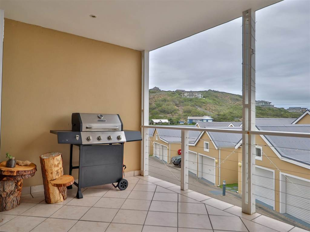 2 Bed Apartment in Cola Beach