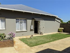 Melville, Northcliff: Property and houses for sale | Private
