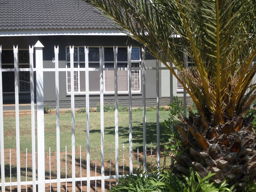3 bed house in ventersdorp
