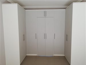 3 Bed House in Gateway Manor thumb