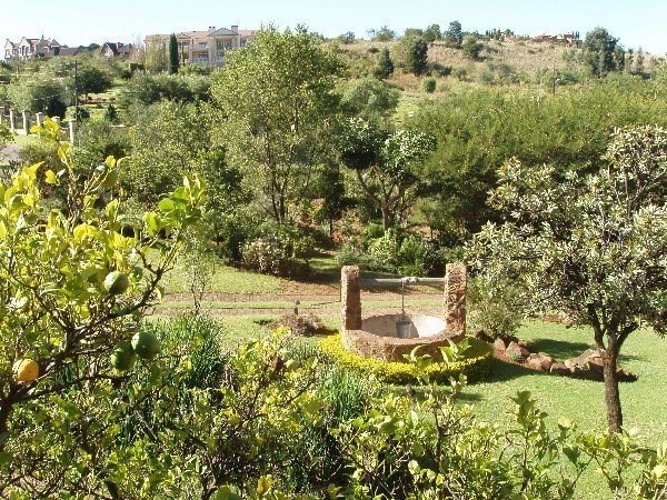 5 Bed House To Rent In Mooikloof Equestrian Estate
