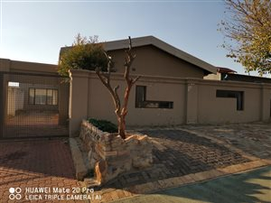Dube: Property and houses for sale | Private Property