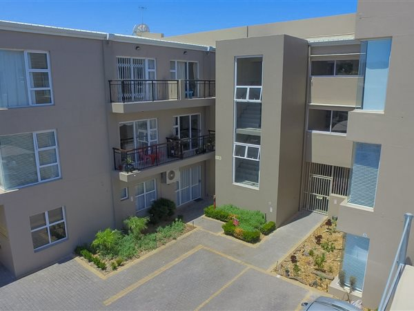 2 Bed Apartment for sale in Durbanville Central | T2145480