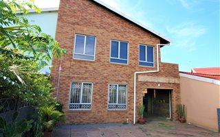 4 Bedroom House in Montford