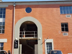 Commercial Property To Rent In Parktown North Private Property