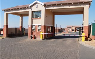 Csi Property Group Csi Rentals 724 Properties Private