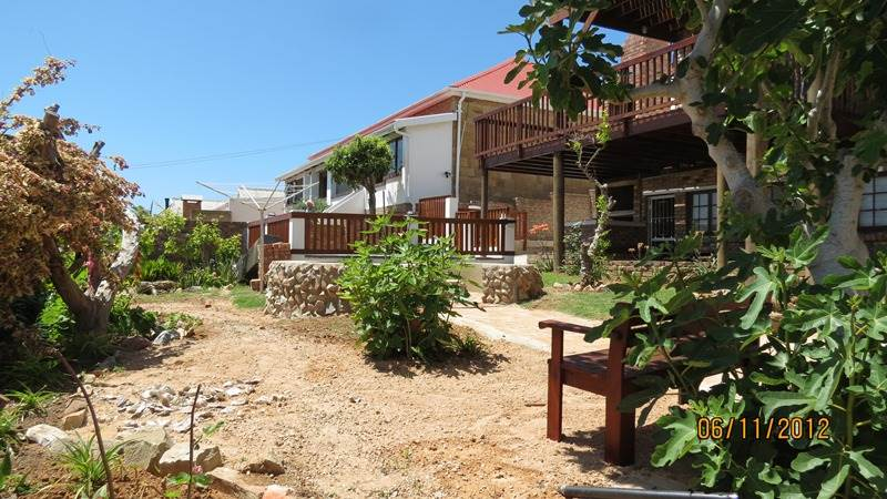 4 Bed Apartment in Mossel Bay Central