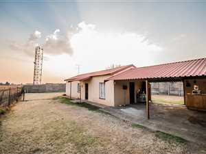 Bea Erasmus Property Listings | Private Property