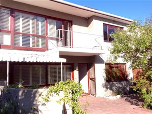 Property to rent with Private Property Listings, Head Office