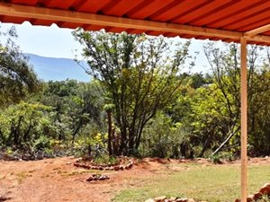 3 Bed House in Hartbeespoort Dam photo