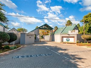 Weltevreden Park: Property and houses for sale | Page 2 | Private