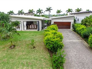 Palm Lakes Estate: Property and houses for sale | Private Property